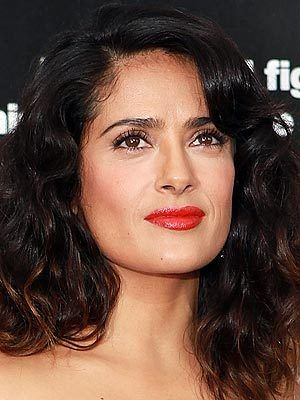 Get Salma Hayek S Bold Red Orange Lips With These 4 Easy