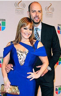 explains why he wasn't at Jenni Rivera's funeral services (VIDEO
