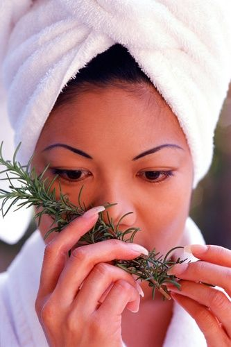 Rosemary oil: A miracle all-in-one beauty treatment! | ¿Qué Más?