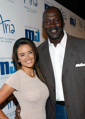 Congrats Are In Order To Yvette Prieto And Michael Jordan According To E News The Couple Welcomed Their First Children Together Twin Girls