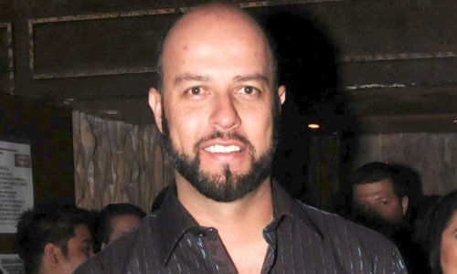 <b>Esteban Loaiza</b>--Jenni Rivera's ex--has a new girlfriend and, get this: she's <b>...</b> - poj6i26868