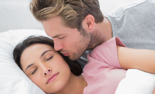 couple in bed Thinkstock