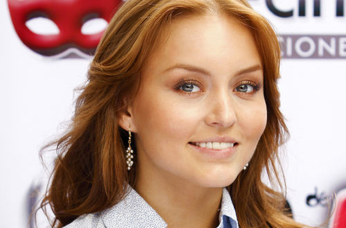 Angelique Boyer AM