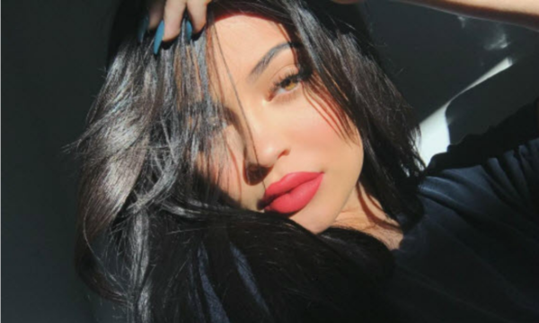 Kylie Jenner claims baby bump pictures are Photoshopped