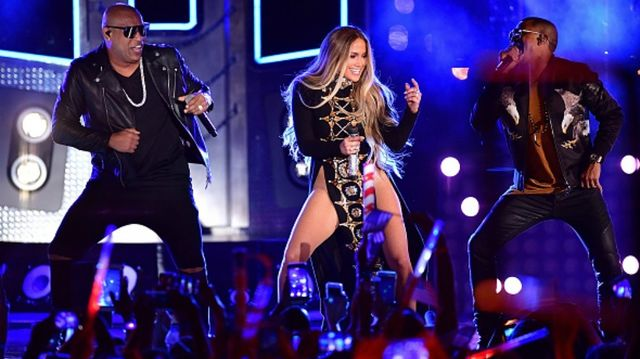 21 Latin summer songs that will have you dancing like